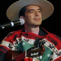 """El """"pituto"""" del superintendente de Educación Cristián O'Ryan con Los Huasos Quincheros en Temuco"""