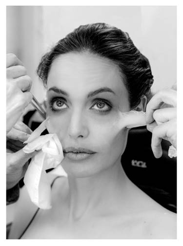 Video Make Up: Angelina Jolie se transforma en Maléfica
