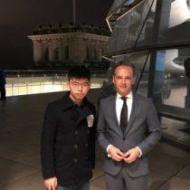 Joshua Wong fue recibido en Berlín por el Gobierno alemán y desata la indignación de Pekín