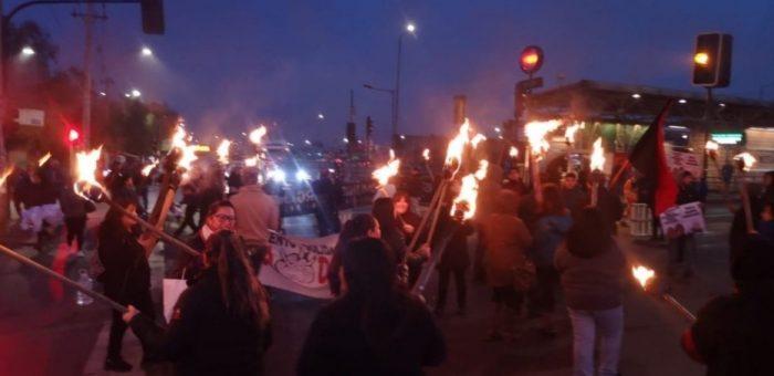 Manifestantes cortan el tránsito y exigen al Minvu que cumpla compromisos habitacionales
