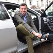 Gobierno autoriza a los funcionarios públicos a usar zapatillas todos los viernes