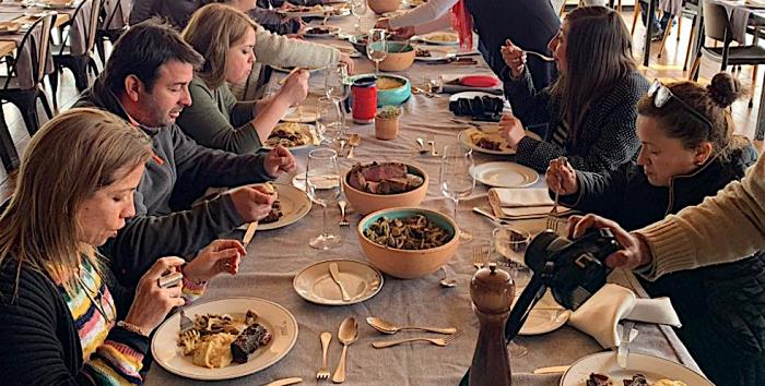 Gastronomía local para celebrar las Fiestas Patrias en Vichuquén