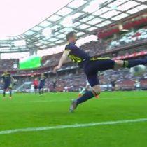 ¿La mejor salvada del mundo? La increíble jugada de un defensor para evitar dos veces un gol en la Premier League rusa