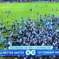 Algarabía total: equipo de la cuarta división de Inglaterra eliminó al Tottenham e hinchas invadieron la cancha a modo de celebración