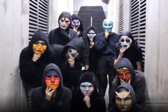 Máscaras contra los sumarios: estudiantes de la UDP no depondrán la toma feminista