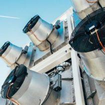 El innovador combustible hecho de aire que se está produciendo en Holanda y con el que quieren revolucionar la aviación