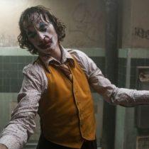 """""""Joker"""": por qué genera tanta polémica la violencia que se muestra en la película sobre el villano de Batman"""