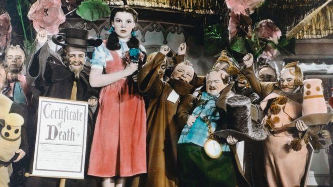 Judy Garland : cómo la trágica vida de la actriz la convirtió en un ícono gay