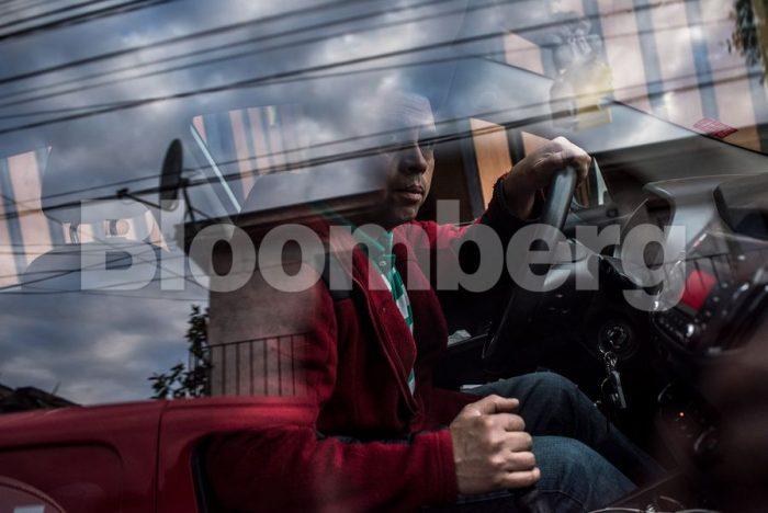 Entre lacrimógenas y deudas, una familia humilde lucha en Chile