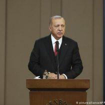 Erdogan confirma retirada de EE.UU. de Siria y alerta sobre ataque