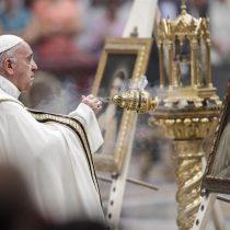 Papa Francisco suspende a cinco altos funcionarios involucrados en actos de corrupción