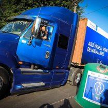Llega histórico primer embarque de vidrio recolectado en Punta Arenas para ser reciclado