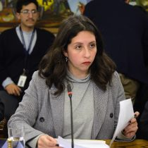 Cámara acoge reclamo de diputado Velásquez y saca de la investigación de acoso sexual a Gael Yeomans