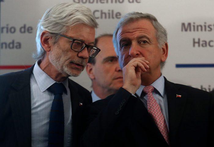 Retiro de fondos en AFP genera cortocircuito en el oficalismo: Ministros Larraín y Fontaine muestran diferencias y Alfonso Swett rectifica sus palabras