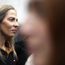 A pesar de su ausencia ante los casos de violencia sexual, Isabel Plá se mantiene en el ministerio de la Mujer