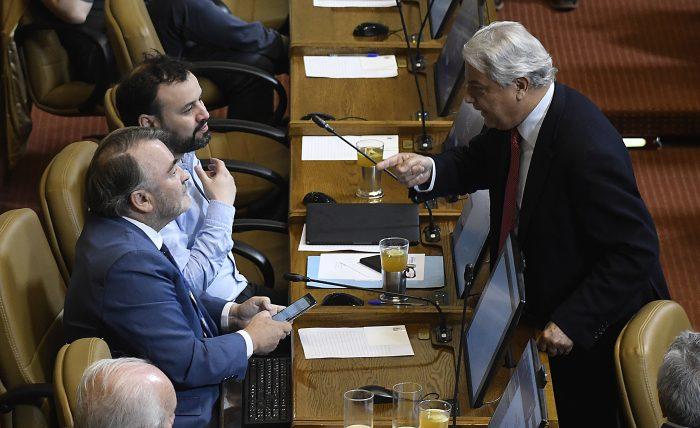 Pepe Auth ante solicitud de dejar la vicepresidencia en la Cámara: