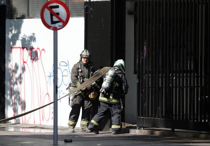 Anuncian querella contra responsables del incendio que afectó a inspectoría general del Instituto Nacional