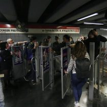 Múltiples puntos de evasión masiva en el Metro marcan la quinta jornada de protesta