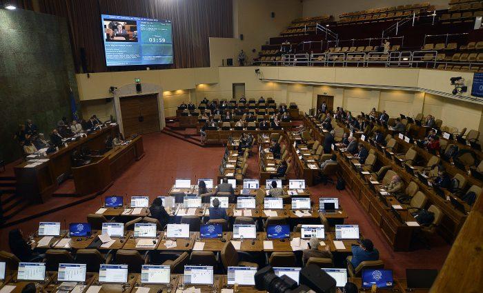 Se rechazó indicación que baja a 1000 pesos los viáticos de los congresistas