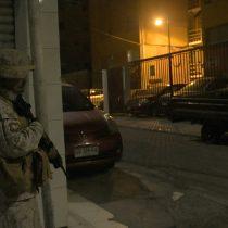 Por quinto día consecutivo, Ejército decreta toque de queda en la Región Metropolitana