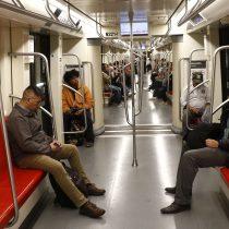 Metro de Santiago anuncia que este viernes la Línea 2 y la Línea 5 funcionarán parcialmente