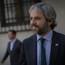 Ministro Blumel llamó a rechazar la violencia y reitera necesidad de diálogo