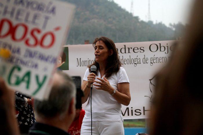 """""""Incita al aborto y la pedofilia"""": la polémica minuta de Pía Adriasola, esposa de JAK, contra proyecto de educación sexual"""