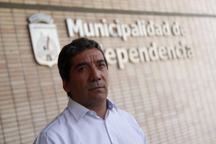 """Alcalde Durán explica su renuncia al PS: """"Se ha ido convirtiendo en un partido despolitizado y burocrático"""""""