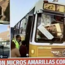 El retorno de las micros amarillas: Alcalde Codina refuerza poco flujo de transporte con los antiguos buses santiaguinos