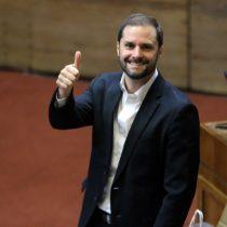 Bellolio respaldó al diputado Auth y pide dejar sin efecto solicitud de renuncia