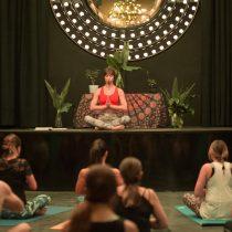 Ciclo de Yoga en Teatro C