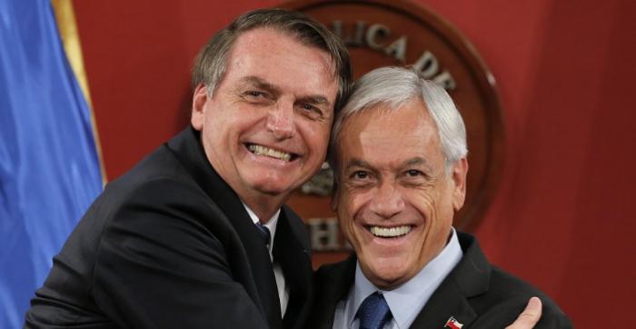 Bolsonaro dice que el Ejército está listo por si hay protestas como en Chile