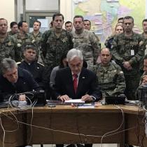 Con pintura de guerra Piñera invoca al