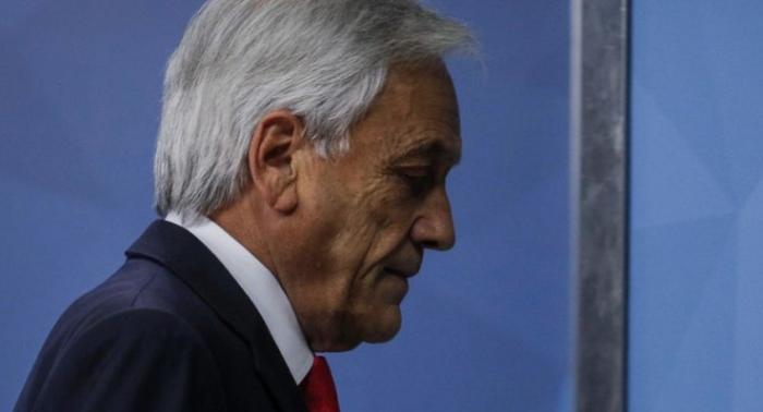 Las medidas y la letra chica de la Agenda Social de Piñera para salir de la crisis: alivian pero no sanan