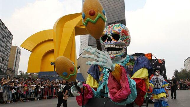México se prepara con su gastronomía y ofrendas para el Día de Muertos