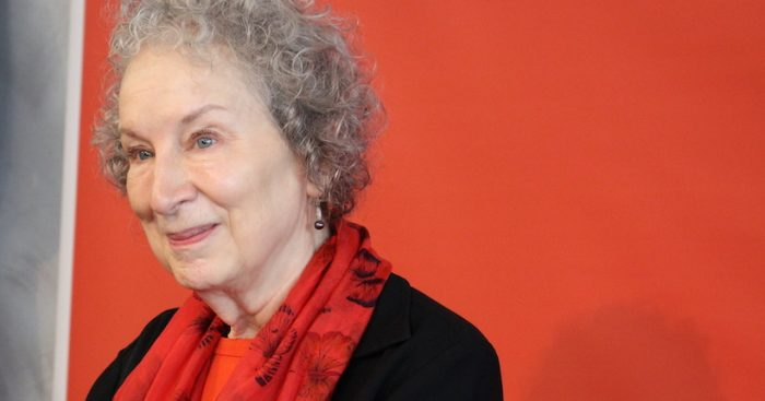 """El manuscrito de """"The Handmaid's Tale"""" revela el proceso creativo de Atwood"""
