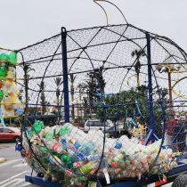 Dos pescados de metal recorrerán Chile para recoger desechos plásticos