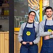 La pareja española que trajo los verdaderos waffles a Chile