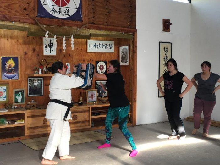 Defensa urbana para mujeres: artes marciales como forma de empoderamiento femenino