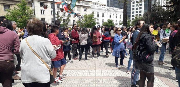 Pobladores de San Bernardo salen a protestar exigiendo alimentación y vivienda