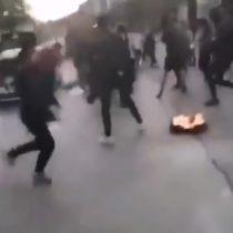 Automovilistaatropelló a manifestantes y se dio a la fuga en medio de protestas: no llegó muy lejos