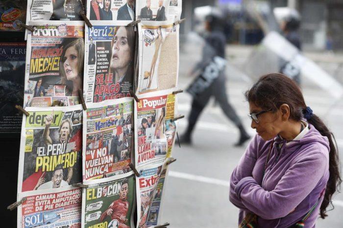 Crisis en Perú: oposición sigue en jaque ante Vizcarra quien hoy tomará juramento al nuevo gabinete