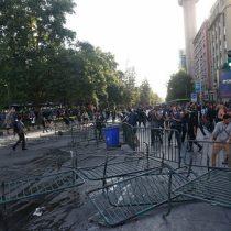 Suspenden actividades culturales tras noche de protestas en Santiago