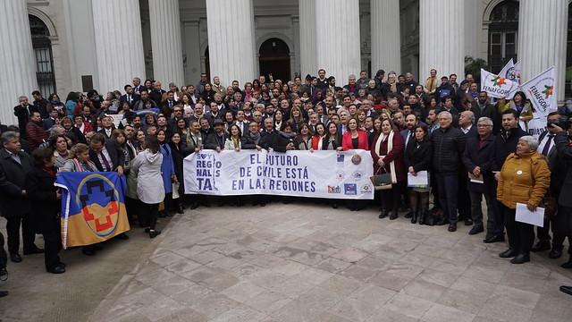 Elección de gobernadores regionales y rentas regionales: ¿qué nos dicen Colombia y Perú?