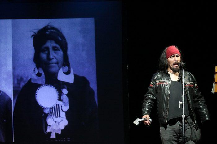Daniela Catrileo, David Añiñir y Francisco Vargas Huaiquimilla se unen a académicos para decolonizar el conocimiento a través de la poesía y la performance