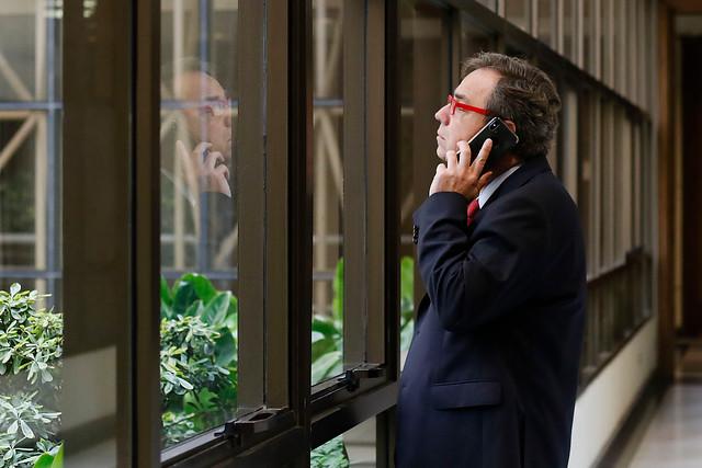 """Otro escándalo con asignaciones parlamentarias: diputado Eguiguren (RN) se gastó la plata del arriendo del auto en """"deudas personales"""""""