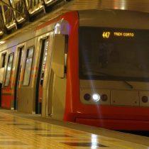 Nuevas tarifas en el Metro de Santiago: sube $30 en hora punta y baja $30 en horario bajo