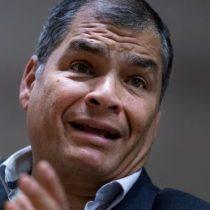 """Rafael Correa rechaza la acusación de intento de golpe en medio de crisis en Ecuador: """"Eso demuestra que Moreno está desequilibrado"""""""