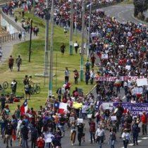 Masiva marcha en Viña del Mar con destino al Congreso en Valparaíso termina entre lacrimógenas