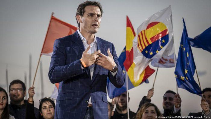 España: líder de Ciudadanos dimite tras debacle electoral